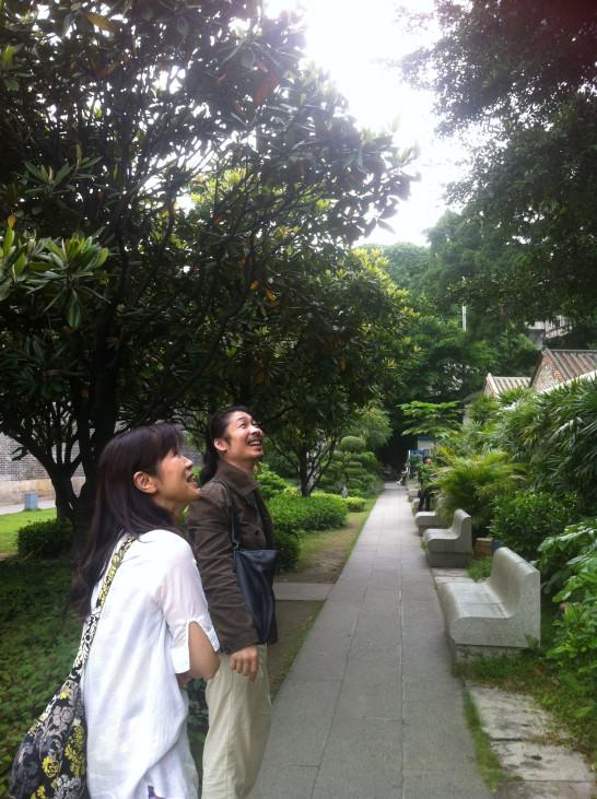 陳さんの庭で